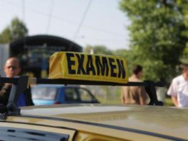 DÂMBOVIȚA: Când au fost reprogramați candidații pentru proba practică a examenului de permis