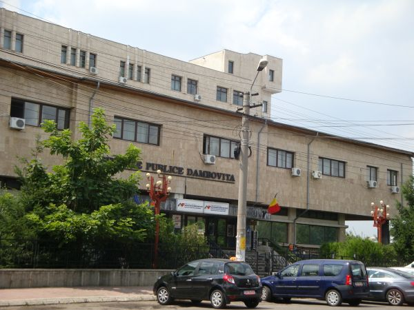 TÂRGOVIȘTE: Finanțele dâmbovițene vor instrui asociațiile de proprietari  cu privire la legislaţia specifică