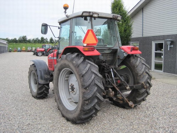 demo_hot_news_tractor
