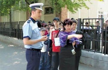 politist-scoala