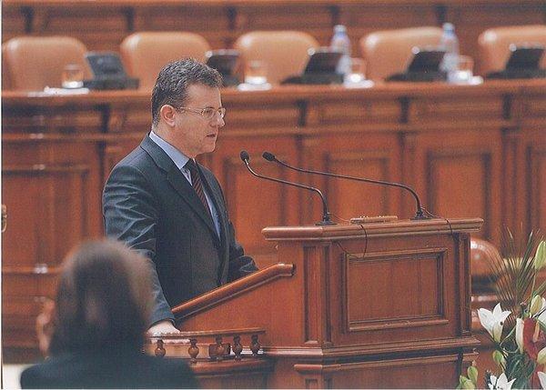 savoiu_parlament
