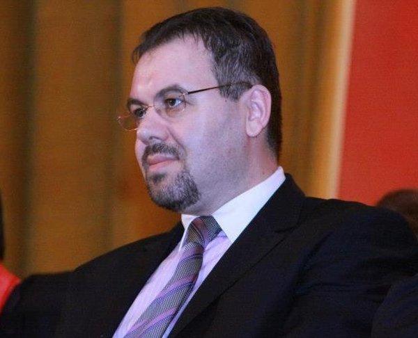 Ca președinte ASF, Leonardo Badea câștigă mai bine decât Mugur Isărescu