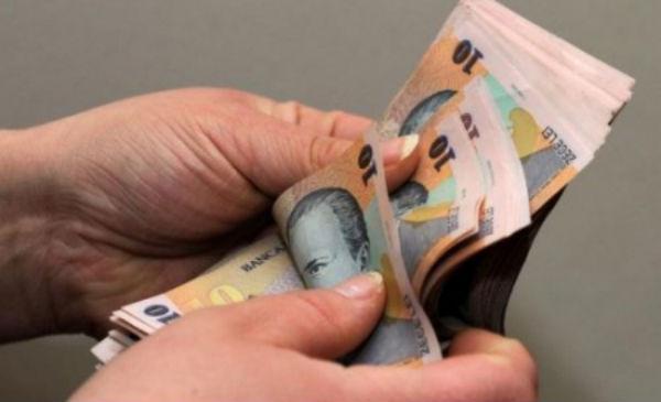 Salariul minim  crește din ianuarie. Ce se întâmplă cu amezile?