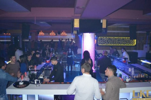 FOTO: Petrece ca în Ibiza în Club Like Titu, la Christmas Party Marathon!