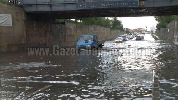 inundatii pasaj romlux targoviste (6)