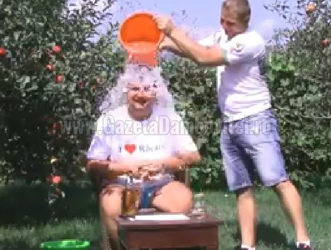 caraveteanu 1 ice bucket