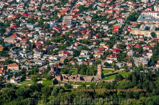 TÂRGOVIȘTE: Impozitele pentru unele clădiri ar putea crește cu 500%