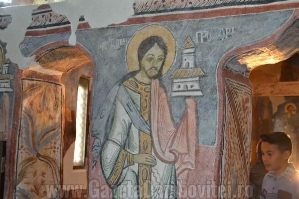 biserica-oncesti-voinesti-voronet-dambovita (17)