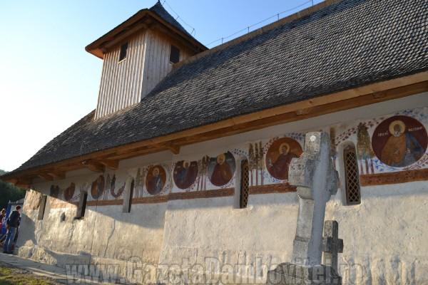 biserica-oncesti-voinesti-voronet-dambovita (2)