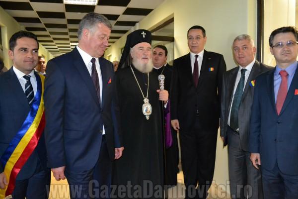 GALERIE FOTO - Victor Ponta a inaugurat Centrul de cercetare al Universității Valahia Târgoviște