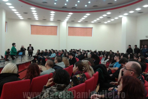 Studenţii târgovişteni, interesaţi de programul Erasmus