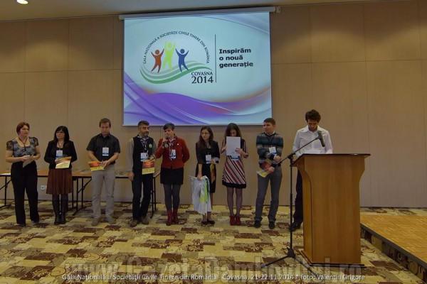 Două organizații de tineret din județul Dâmbovița, premiate la Gala Națională a Societății Civile Tinere din România