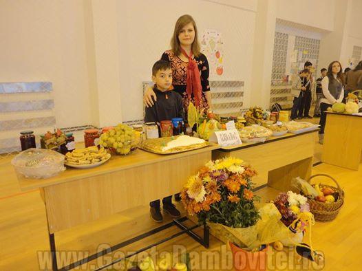 Târg de toamnă, la Școala Paul Banică: măiestrie și pasiune (FOTO)