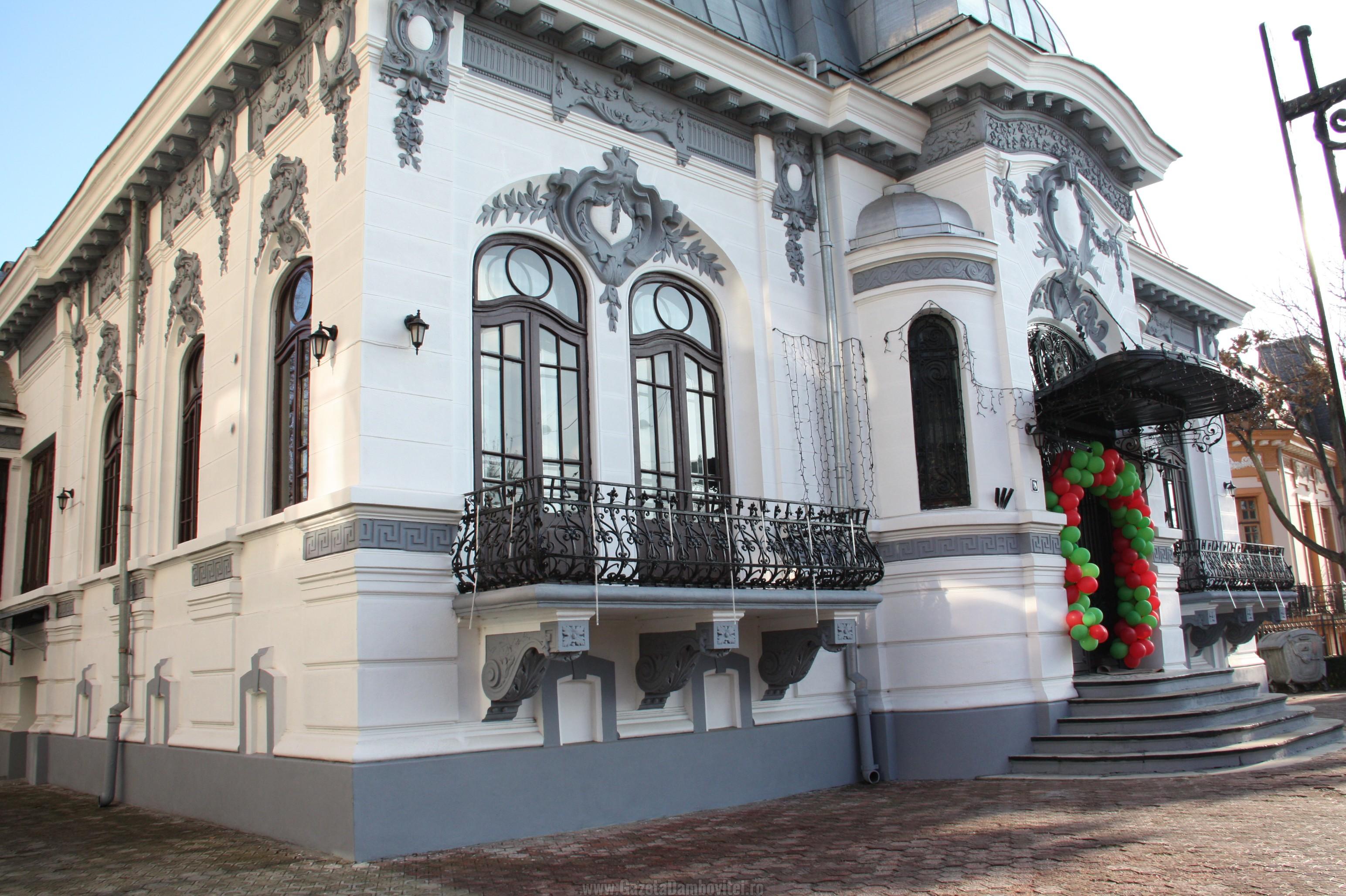 """Manifestări culturale de Ziua Unirii, la Muzeul """"Casa Romanţei"""" din Târgovişte"""