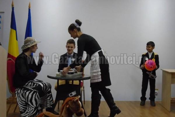 FOTO - Caragiale, sărbătorit la Biblioteca Județeană Ion Heliade Rădulescu