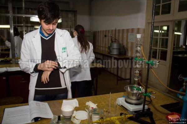 PERFORMANȚĂ: Un elev din Moreni, la BAC-ul olimpicilor