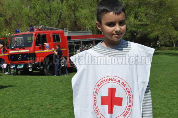 razvan-zarnescu-crucea-rosie1