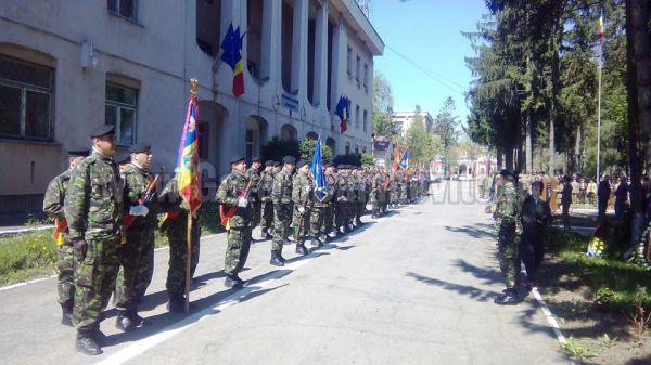 Ziua Fortelor Terestre-Garnizoana Targoviste (FOTO+VIDEO)