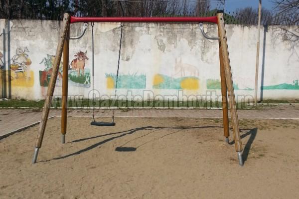 loc joaca chindia (2)