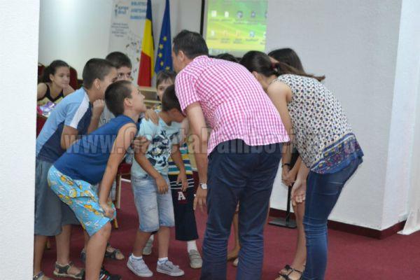 Punctele de informare europeană din Dâmbovița își fac planuri de viitor în cadru non-formal