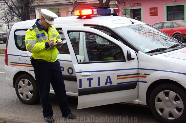 IPJ DÂMBOVIȚA: Dosare penale făcute de polițiști pentru conducere făra permis, autovehicule neînscrise în circulație, conducere sub influența băuturilor alcoolice