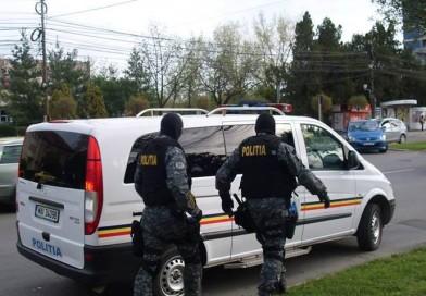 Peste 700 de infracțiuni constatate și 716 permise de conducere suspendate de polițiști în 24 de ore