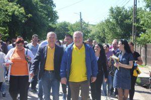 Traian Niculae și Dumitru Miculescu, în acțiune electorală la Titu