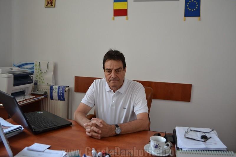 """Finanțarea """"per capita"""" impune jonglerii pentru plata salariilor, în școlile din Dâmbovița"""