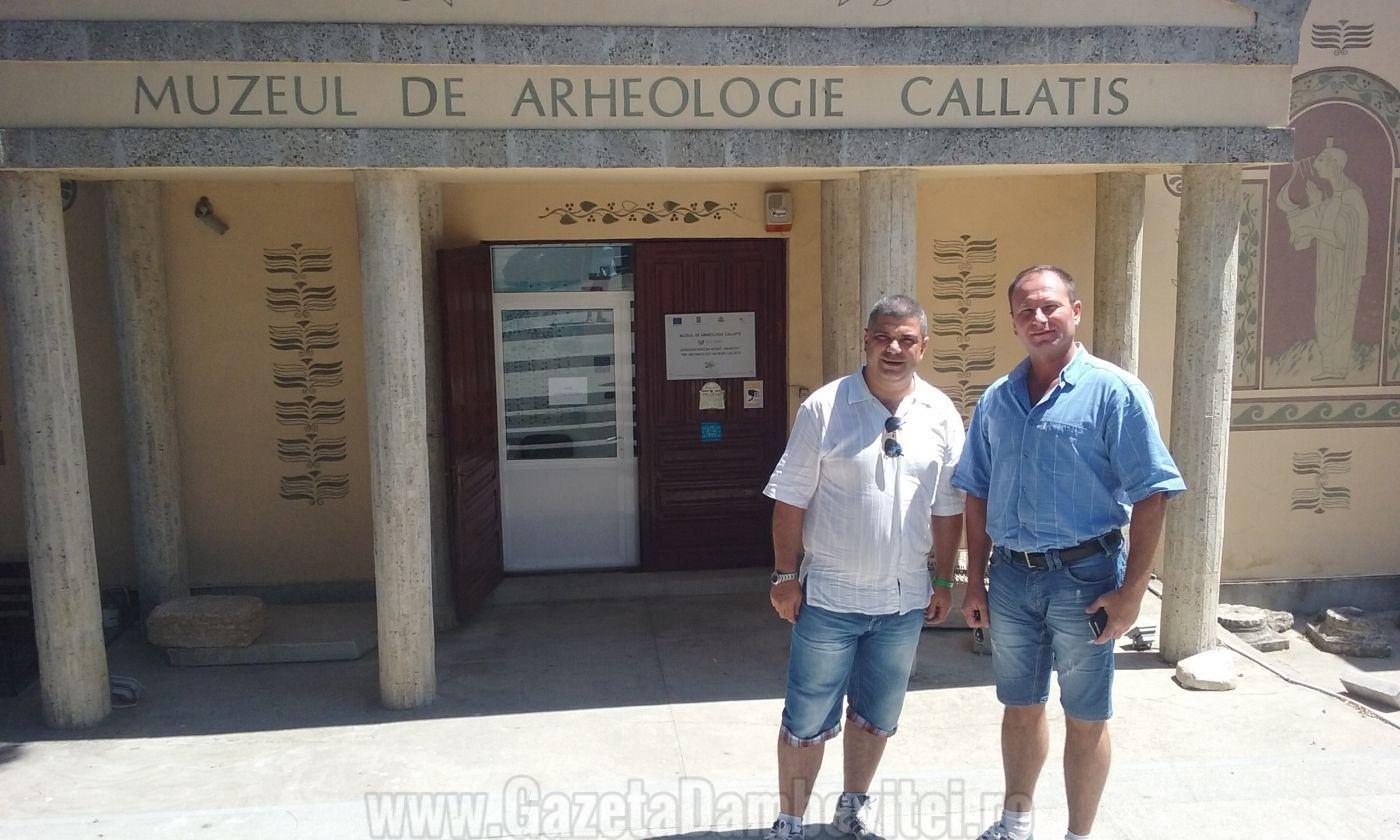 Prof. Dr. Cornel Mărculescu şi Sorin Marcel Colesniuc,  directorul Muzeului de Arheologie Callatis