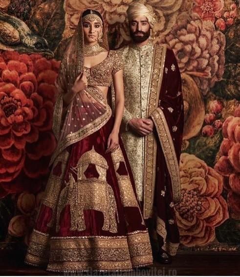 India Nuntile Indiene sunt extrem de stralucitoare,pline de farmec si totodata cu ritualuri bine stabilite. O nunta poate dura pana la cateva zile bune, timp in care cei doi miri vor fi vizitati de peste 400 pana la 1000 de invitati, care de cele mai multe ori sunt necunoscuti celor 2 tineri casatoriti. Cele mai multe dintre casatorii sunt aranjate, doar in ultima perioada si in special in mediul urban facandu-si loc casatoriile ce au la baza dragostea dintre cei 2.