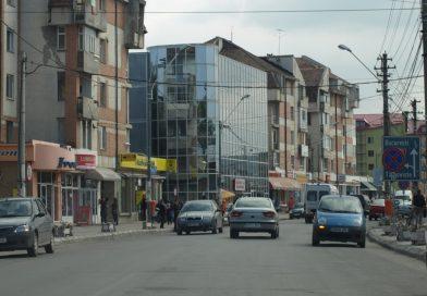 GĂEȘTI: Fost director de bancă, condamnat pentru că a transferat ilegat bani în conturi personale