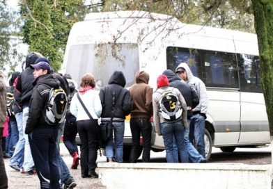 SEMNAL: La Târgoviște, elevii sunt discriminați și când vine vorba de transportul public