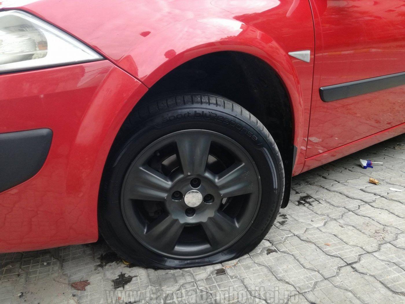 masina-vandalizata-targoviste-5