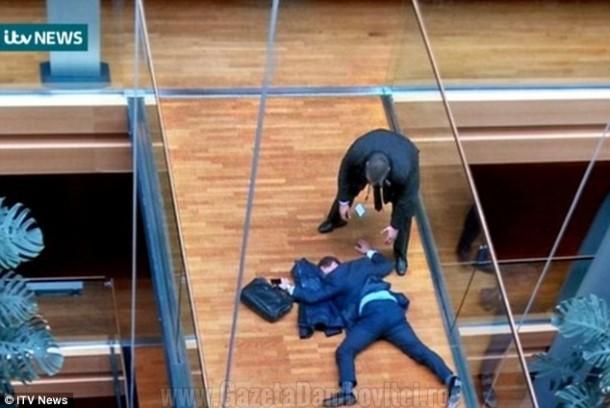 un-eurodeputat-in-stare-critica-dupa-ce-a-fost-lovit-cu-pumnul-de-un-coleg-chiar-la-sediul-parlamentului-european-foto-video-204615