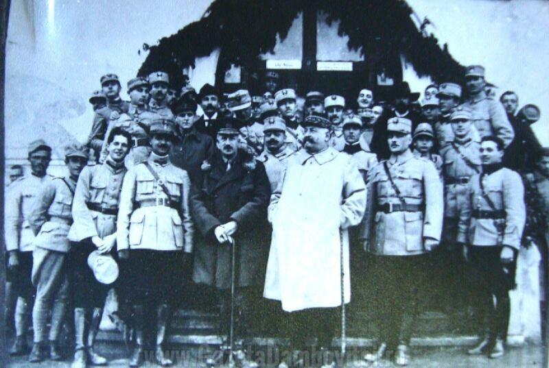Generalul Henri Mathias Berthelot în vizită la Liceul Militar de la Mănăstirea Dealu (1919)