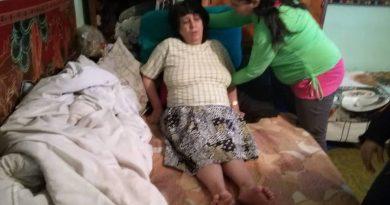 I se macină oasele şi are dureri cumplite! Mariana are nevoie de ajutor pentru a-şi procura proteze