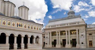 Patriarhia Română: Hoţia şi furtul degradează societatea în plan moral şi material