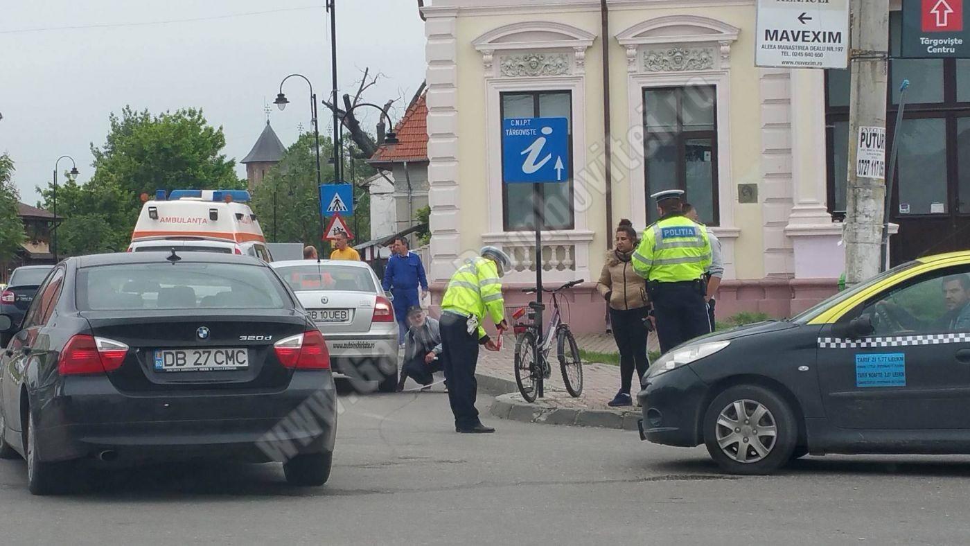 Târgoviște: Biciclist accidentat din cauza unui șofer care nu a acordat prioritate