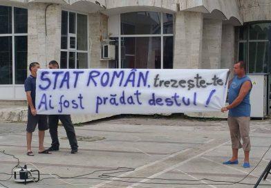 Mâine, salariații COS protestează în fața Ministerului Economiei. Oamenii sunt în preavize de concediere colectivă, așteptând preluarea de către stat