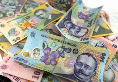 GĂEȘTI: Un bărbat a sunat la 112 și a reclamat furtul unor bani. De fapt, îi pierduse la jocuri de noroc