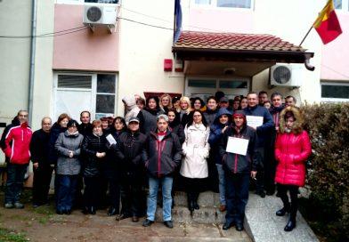 Salariații APIA Dâmbovița, a treia zi de proteste! Miercuri se va picheta ministerul de profil