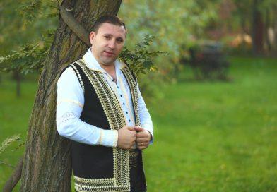 Pentru prima dată la Târgoviște, Cornel Cojocaru cântă vineri, 24 noiembrie, la Taverna Dacilor