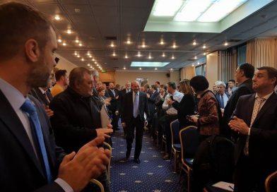 PMP luptă pentru revenirea la alegerea primarilor în două tururi. Se strâng semnături