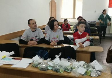 TÂRGOVIȘTE: Lecție de voință de la un copil diagnosticat cu autism! Și-a învins teama și a ținut un discurs