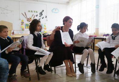 """Agenda parlamentară: Claudia Gilia (PSD) – Am dat startul campaniei """"Dăruind o carte, investim în viitorul copiilor!"""""""