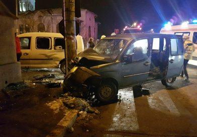 TÂRGOVIȘTE: Accident la intersecția străzilor Pârvan Popescu și Poet Grigore Alexandrescu