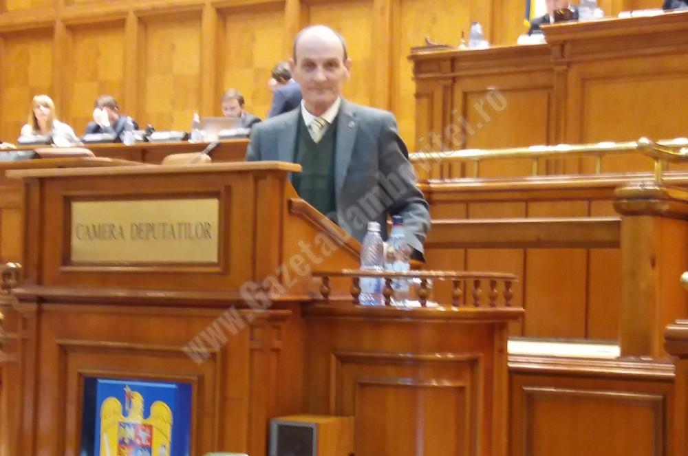 Agenda parlamentară: Dumitru Lupescu (USR) – De la 1 iulie se interzice comercializarea pungilor de transport din plastic cu mâner