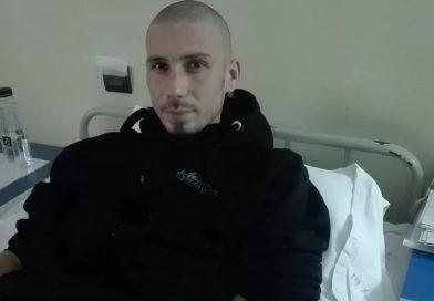 """TITU: Diagnosticat cu cancer, Vlad are nevoie de sprijin financiar: """"Duc o lupta contra timpului. Îmi doresc să trăiesc"""""""