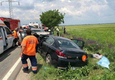 Accident grav la Ilfoveni! O persoană a murit, iar alte patru au fost rănite! A fost nevoie de descarcerare VIDEO