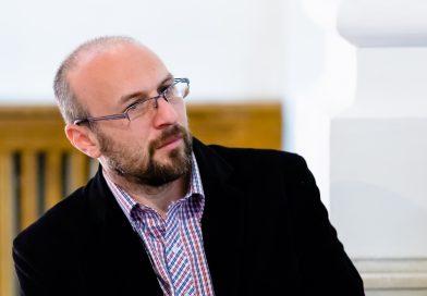 Tableta de miercuri: Pompiliu ALEXANDRU – Blestemul românilor